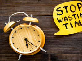 signs to know you are wasting your time in life
